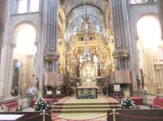 The altar at Santiago cathedral